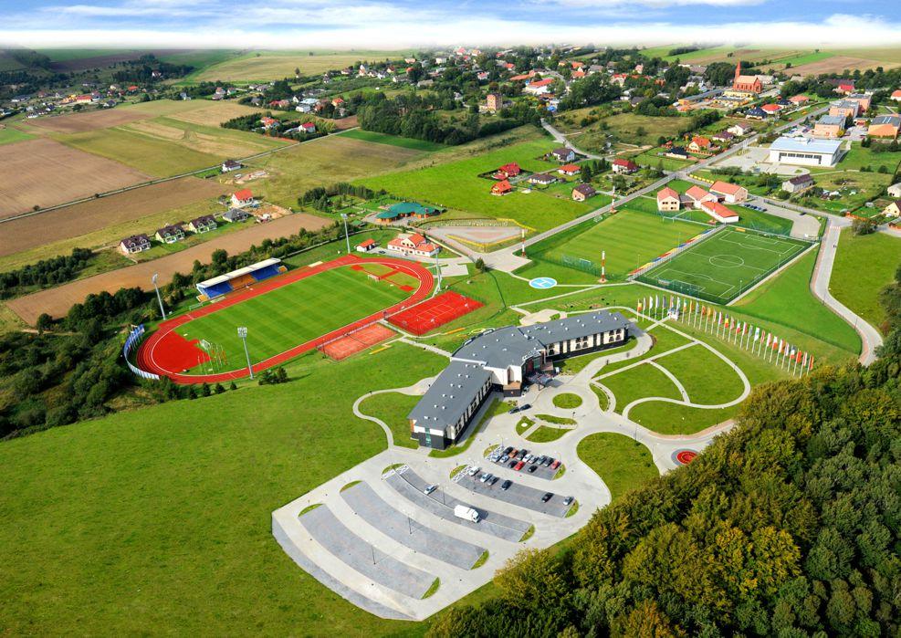 1-3-centrum_sportowe_gniewin